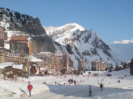 France Ski Resorts Holiday Guides Born2ski