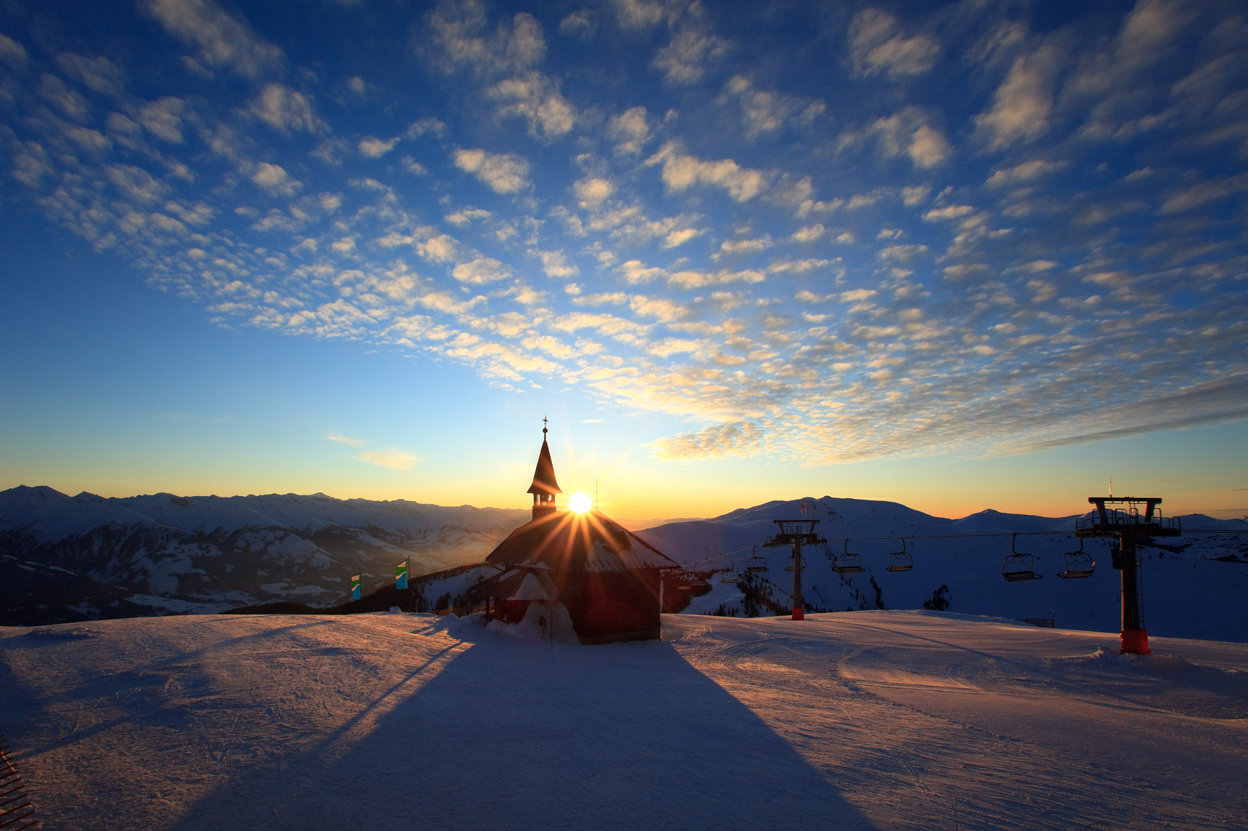 zell am see ski resort austria skiing born2ski holidays. Black Bedroom Furniture Sets. Home Design Ideas