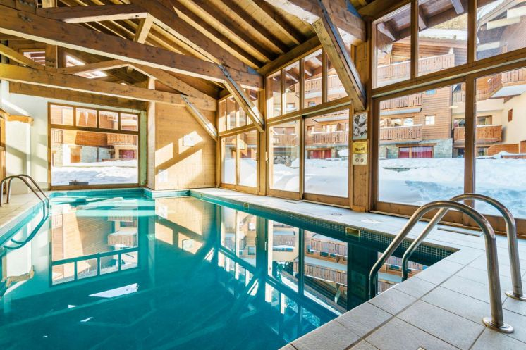 Excellent early booking offers on self catered accommodation - swimming pools, ski in/out, amazing resorts